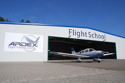 Piper 28-181 Archer III (D-ESCF)